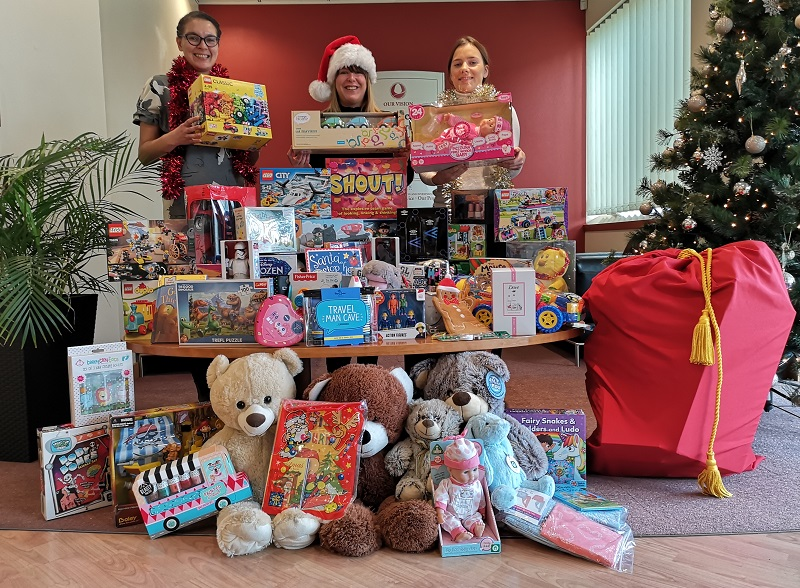 Acorn helps Mission Christmas deliver festive joy